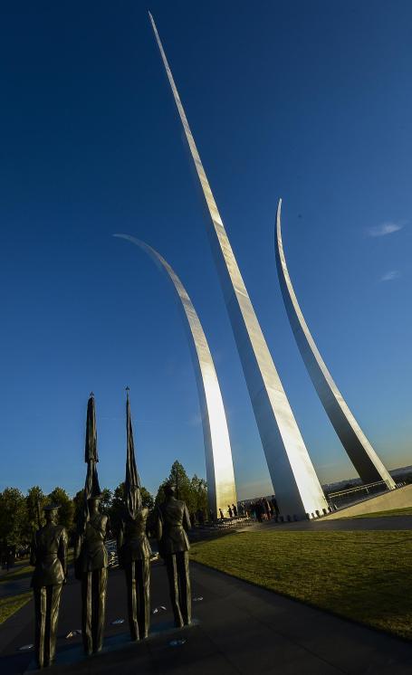 (U.S. Air Force photo/Jim Varhegyi)