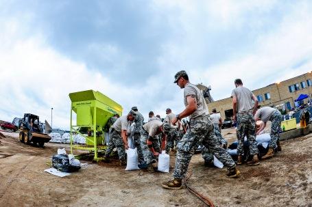 (U.S. Air National Guard photo by Staff Sgt. Nicole Manzanares)
