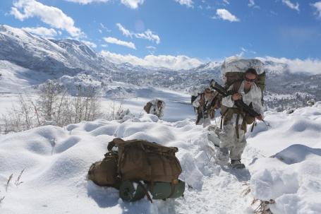 (U.S. Marine Corps photo by Lance Cpl. Sullivan Laramie)