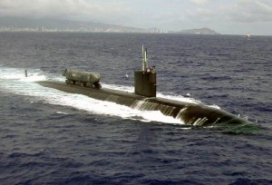 USS Greeneville, a Los Angeles-class U.S. submarine, with the SEAL Delivery System attached.  (U.S. Navy photo)