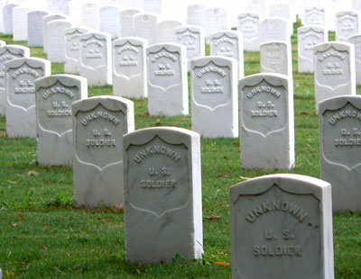 Unknown Union dead at Memphis National Cemetery in Tennessee. (National Park Service photo)