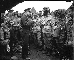 Gen. Eisenhower talks with 101st Airborne Division paratroopers before D-Day. (Defense Dept. photo)