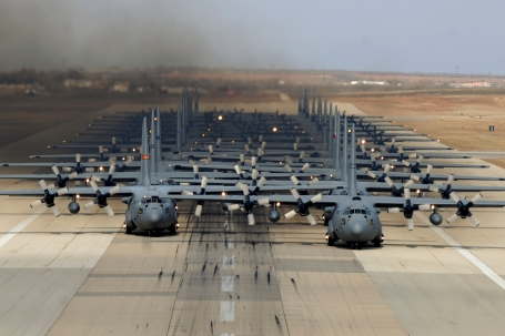 (U.S. Air Force photo by Airman 1st Class Alexander Guerrero)