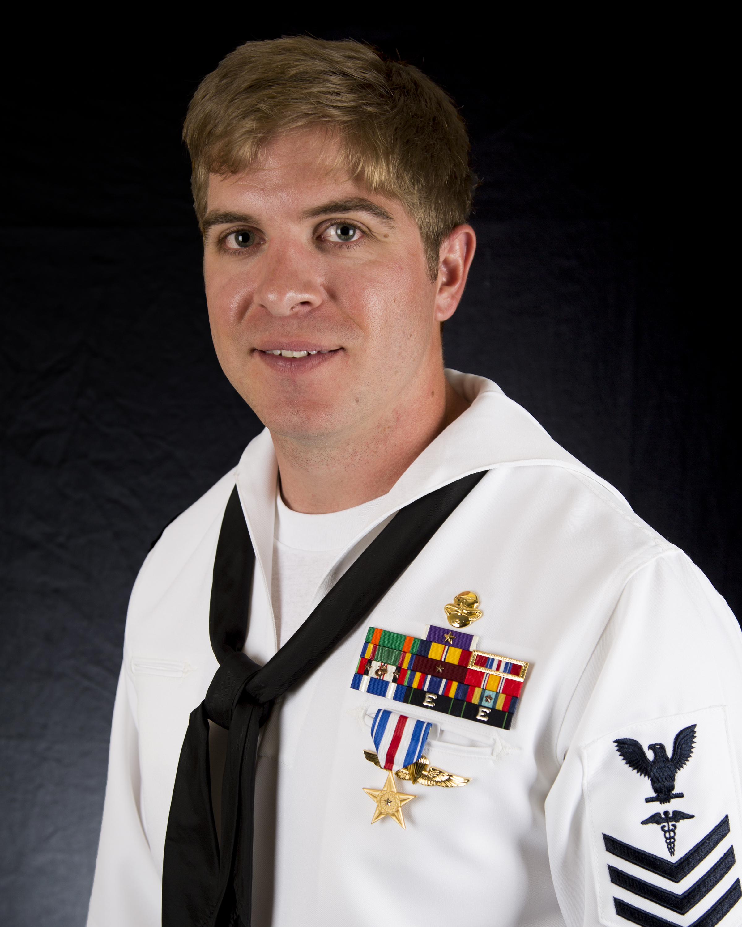 SPECIAL OPERATIONS: Navy Commando Medic Awarded Silver Star for ...