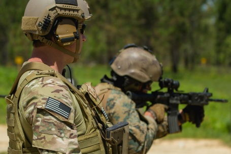 Chilean and U.S.  Army  Special Forces troops train together in bilateral exchange in April at Camp Shelby, Mississippi. (U.S. Army photo by Staff Sergeant Osvaldo Equite)