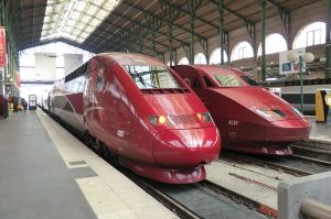 Two Thalys trains in 2013. (Photo by Ale Sasso via wikipedia)