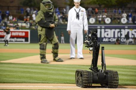 FRIFO 4-1-2016 EOD Robot baseball