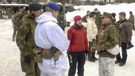 Allied Strong: Norwegian Minister of Defense visits Cold Response 16 forces