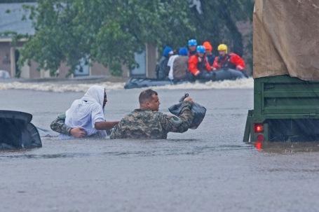 Guardsmen provide hurricane relief