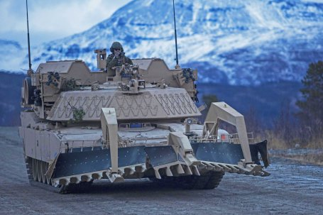 U.S. Marine live-fire exercise in Norway