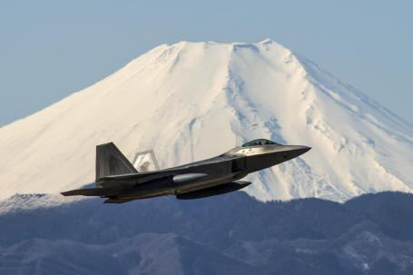 Raptors take off from Yokota