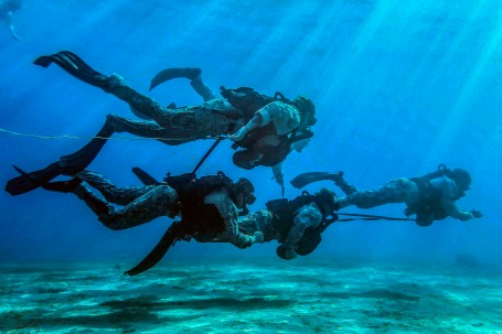 MRF conducts bi-lateral dive training with Jordanian SOF