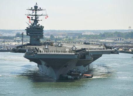 Nimitz-class_aircraft_carrier_USS_Harry_S._Truman_(CVN_75)