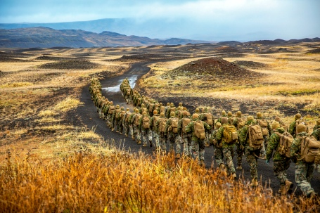 Marines conduct cold-weather training in Iceland