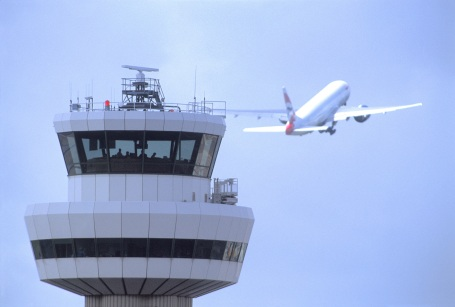 Gatwick control-tower-with-aircraft-11111(1).jpg