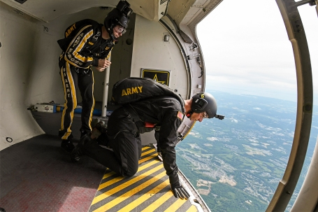 FRIFO 5-17-2019 Army Golden Knights paras
